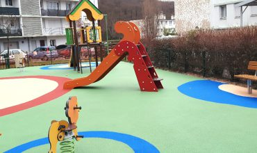 aménagement création d'aires de jeux Square Bernard de Jussieu - Versailles Habitat